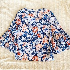 JANE AND DELANCEY Bell Sleeve Blouse Sz M